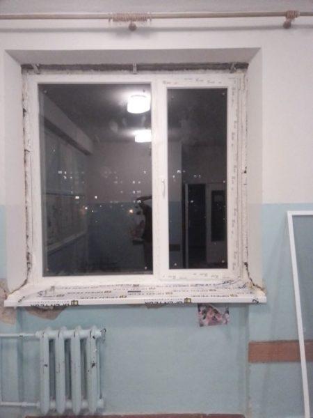 У відділенні ортопедо-травматології Полтавської дитячої міської лікарні замінили вікна